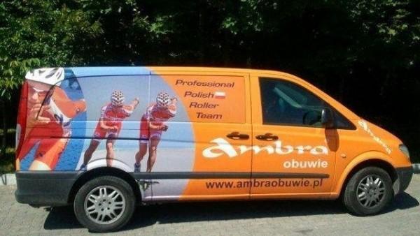 grafika na pojazdach adb reklama